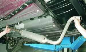 Крепления автомобильного глушителя: виды, причины выхода из строя и порядок замены