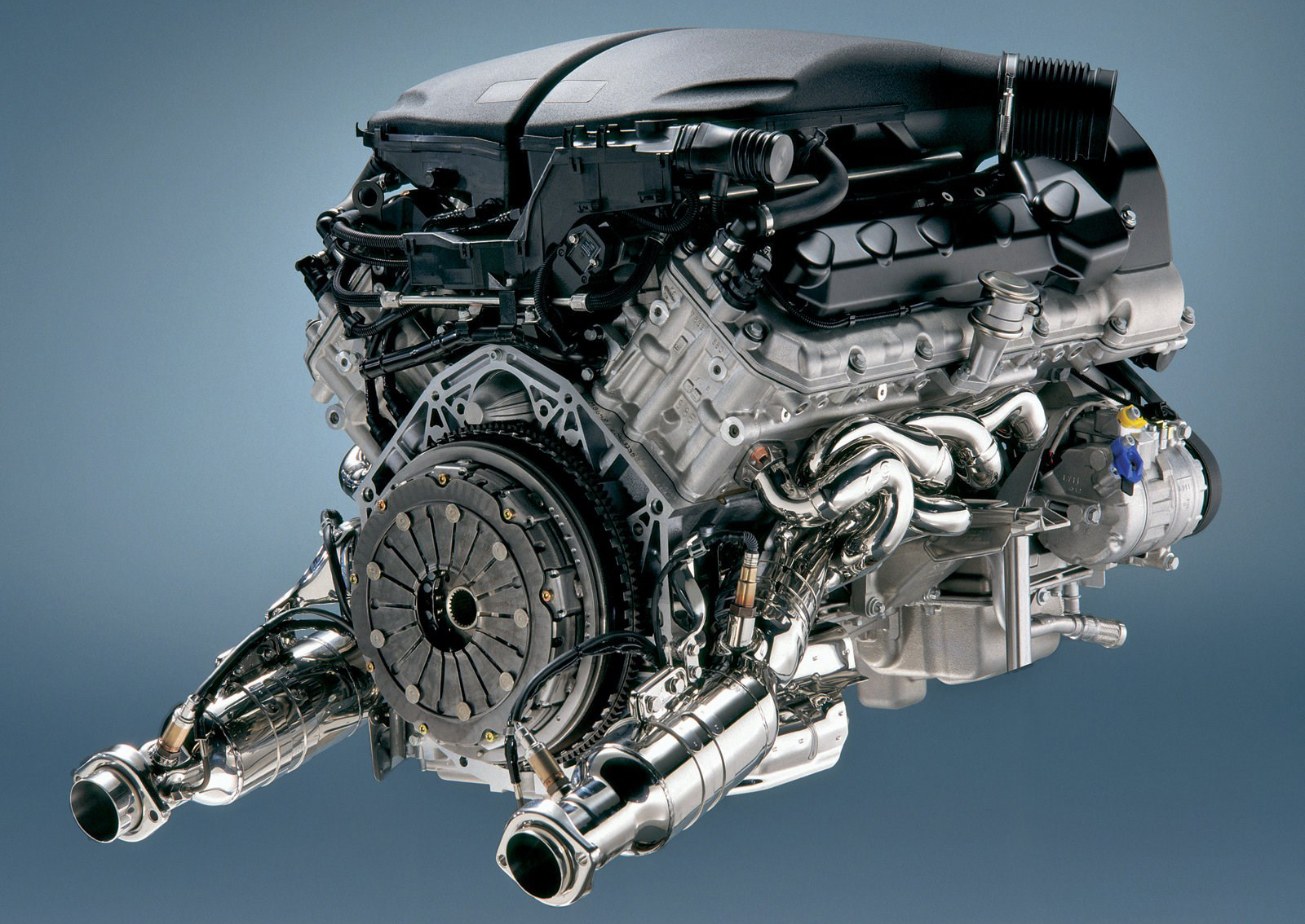 Двигатель БМВ М5