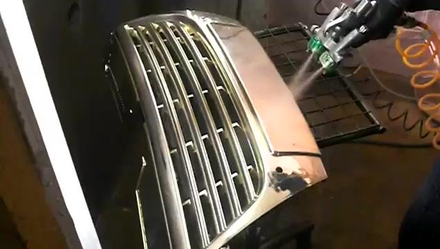 Грунтовка и химическая металлизация решетки радиатора