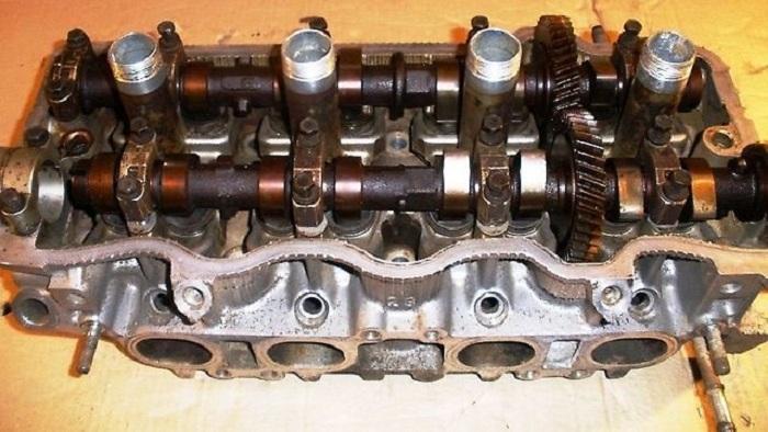 Блок цилиндров мотора