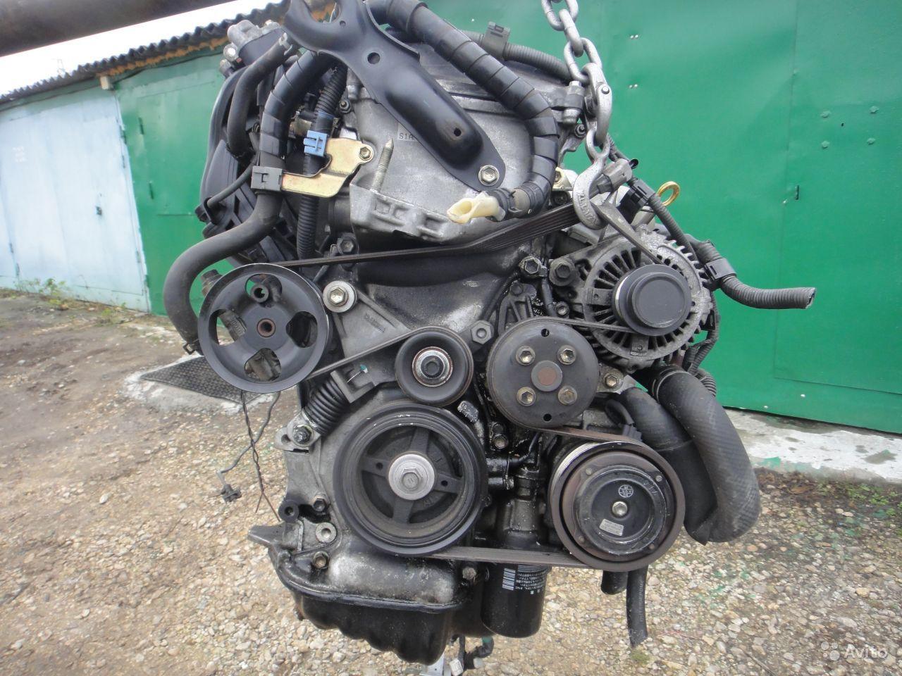 Демонтированный мотор 2AR-FE