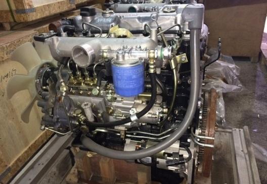Демонтированный мотор D4DB/4D34T
