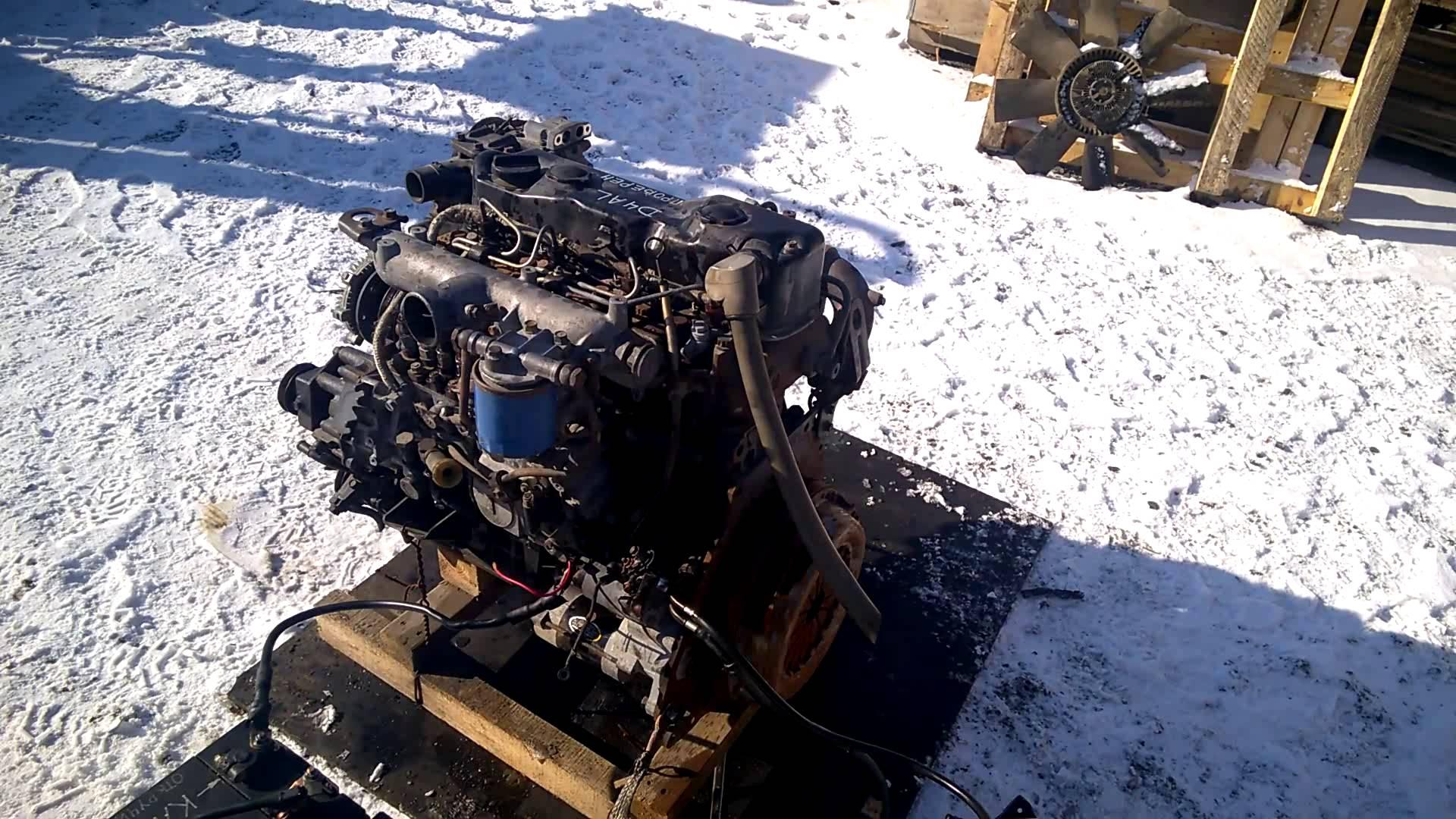 Готовый к установке мотор D4DB