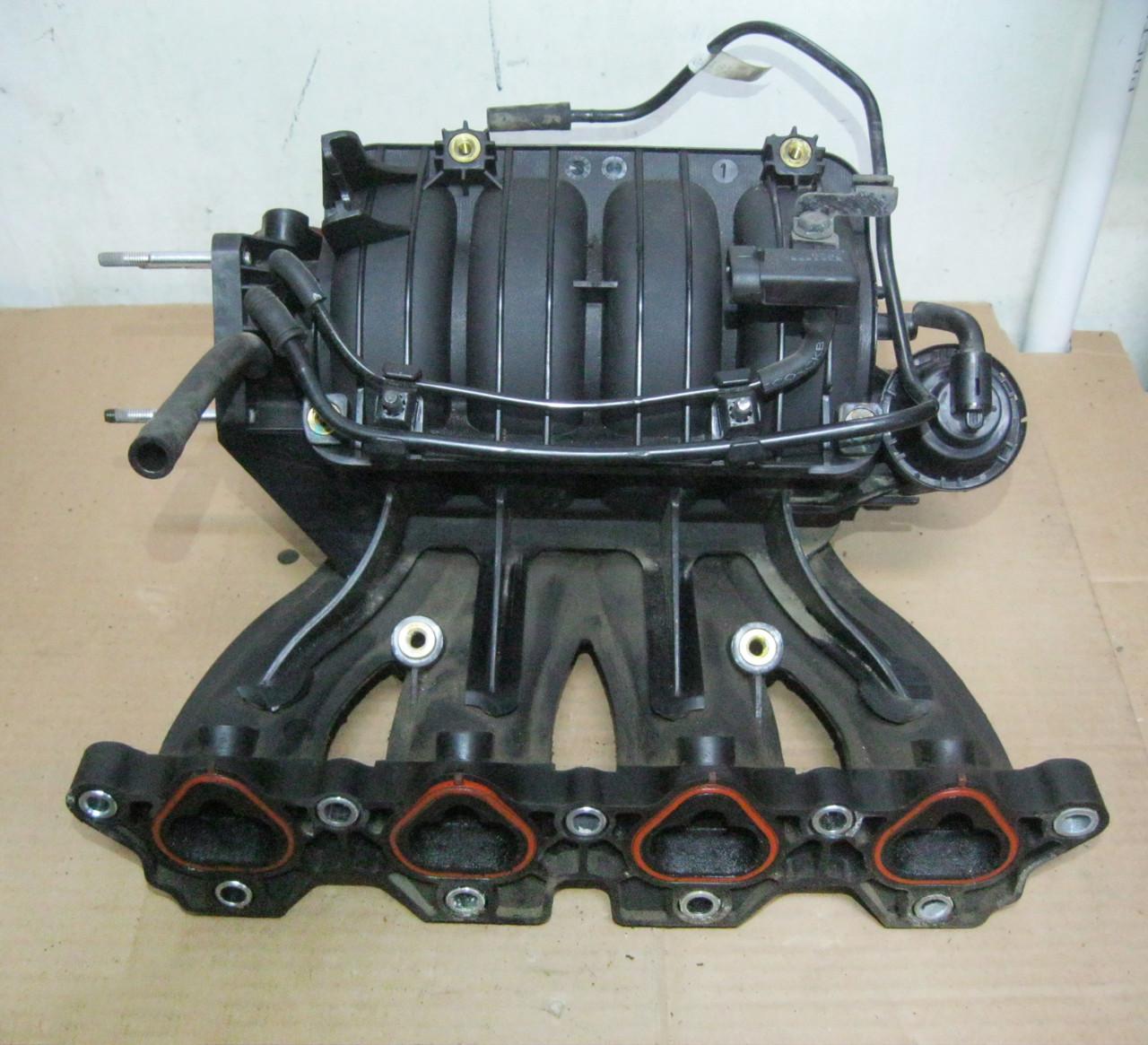 Впускной коллектор F14D3