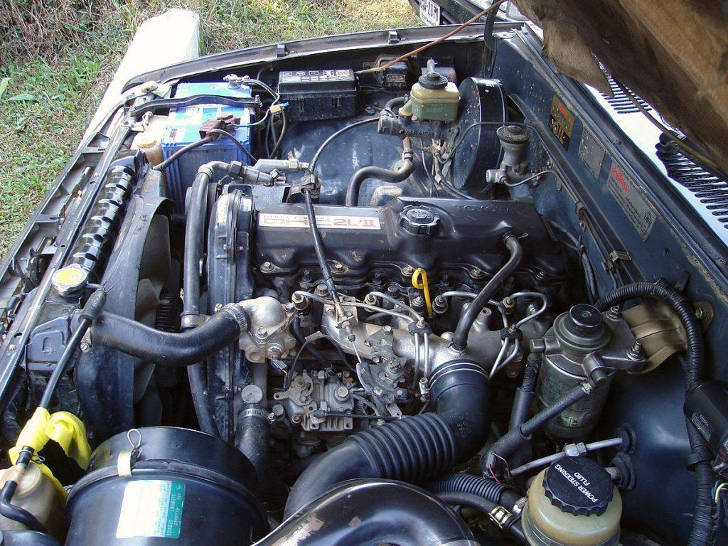 Двигатель Toyota 2L
