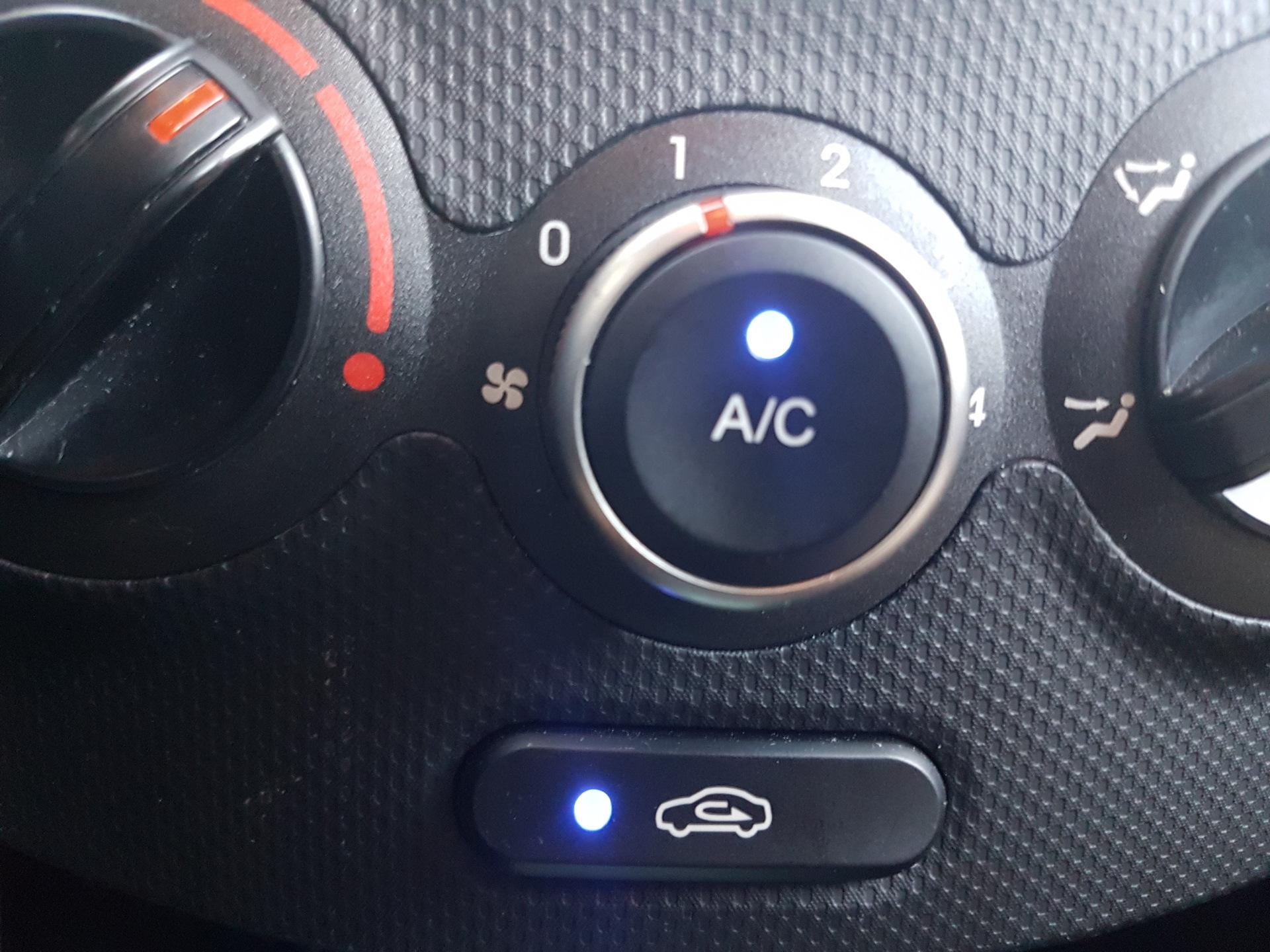 Кнопка А/С кондиционера