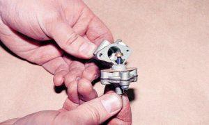 Электромагнитный клапан холостого хода (ЭПХХ) карбюратора